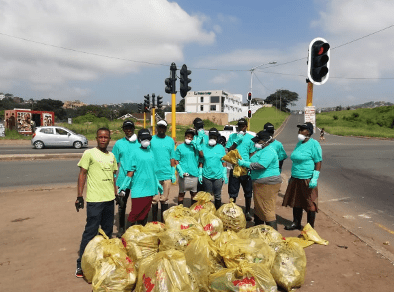 Safripol provides assistance for the clean-up in Quarry Road in KZN during National Water week in March 2020